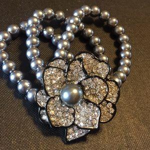Vintage rhinestone faux pearl stretchy bracelet